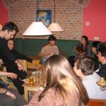 Guest enjoy the Music in Vienna Hostel Ruthensteiner