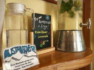 Ruthensteiners free austrian tap water & homemade elderflower lemonade